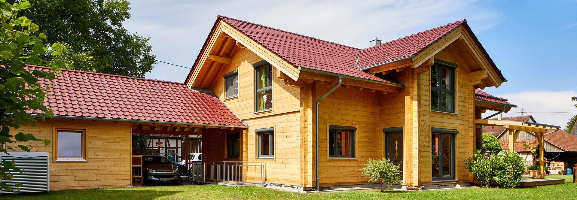 Großzügiges, individuell geplantes Blockhaus von Rems-Murr-Holzhaus