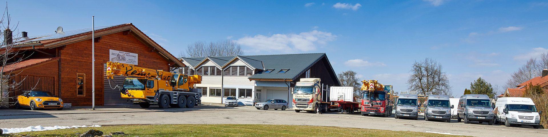 Fahrzeuge, LKW, Kranwagen; Autokran, Sattelzug von Rems-Murr-Holzhaus