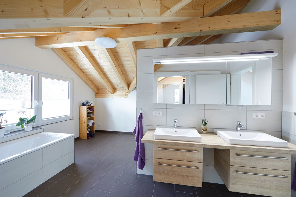 Badezimmer modernes Holzhaus - HolzMauer