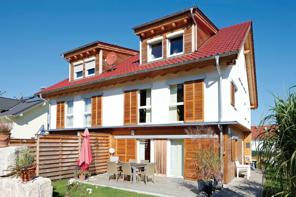 Massiv gebautes Mehrfamilienhaus auf Holz